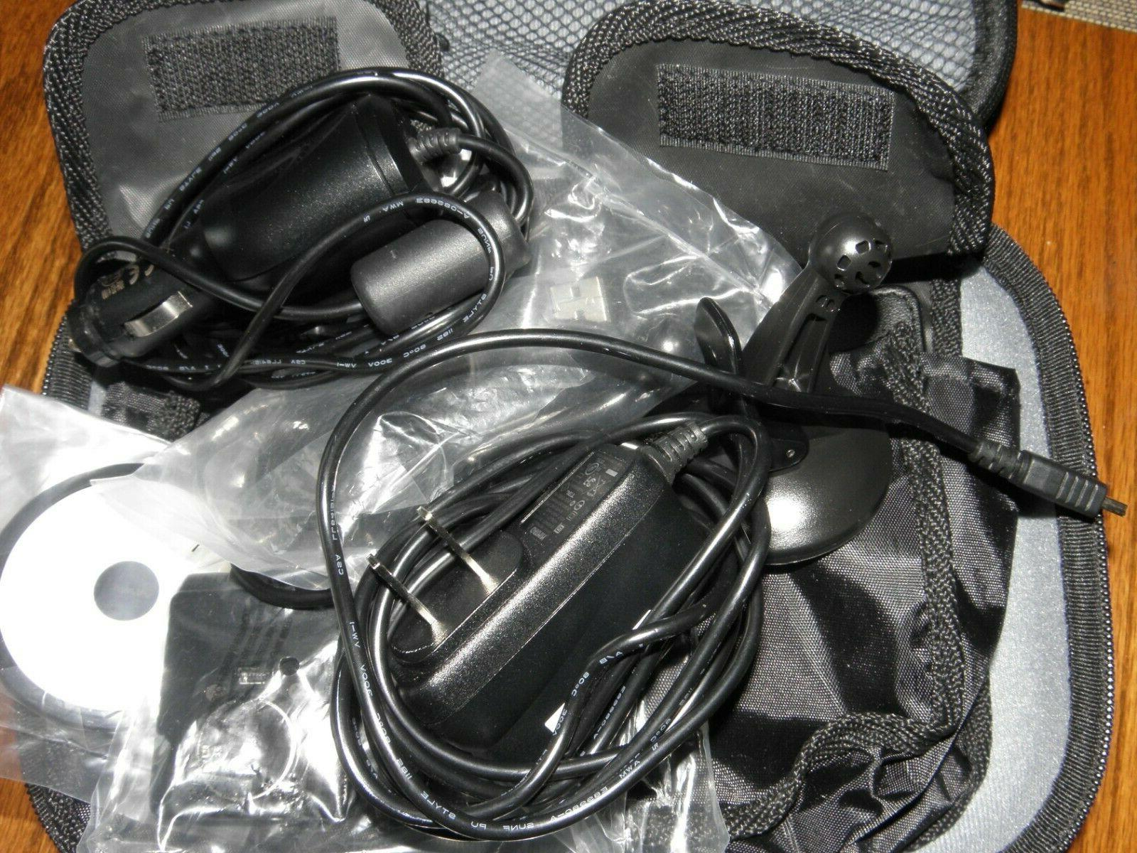 Brand New Garmin Drive 52 GPS with case accessories